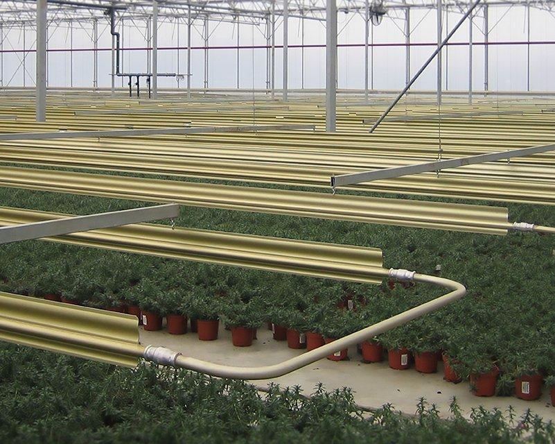 Alcomij – leaflet L-W-NL_EN-002-1118 – Kasverwarmingssystemen _ Greenhouse heating systems – (V2.8)